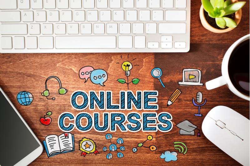 https://www.learninglight.com/wp-content/uploads/2017/08/online-courses.jpg
